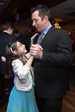 Happy dancers at the father daughter dance